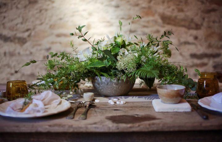 decoration-centre-table-vegetal-vert-blanc