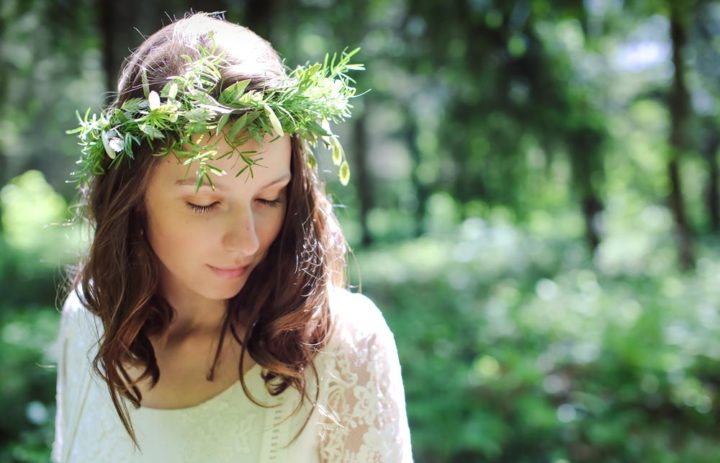 inspiratin-mariee-couronne-vegetale-foret