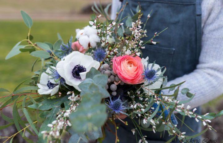 bouquet-de-saison-blanc-rose-bleu