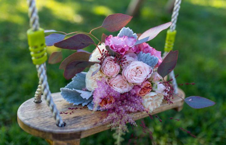 bouquet-de-saison-rose-bleu-blanc