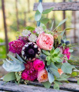 Bouquet de mariée couleurs vives fuschia et rose