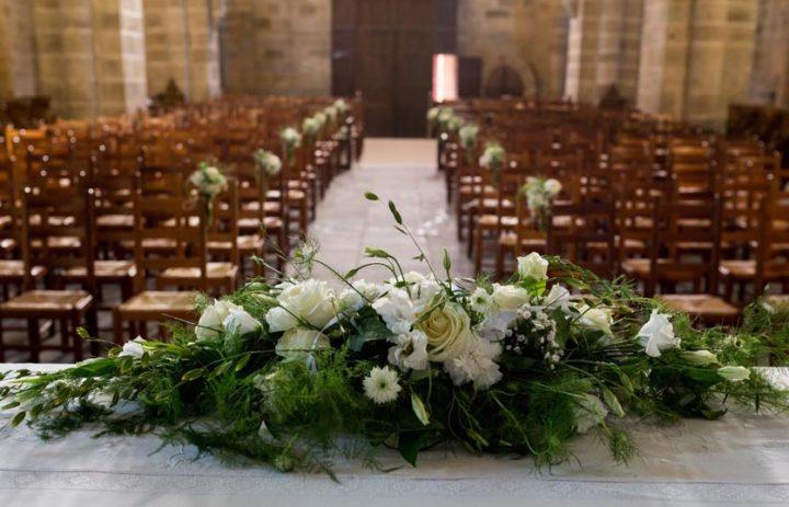 decoration-autel-mariage-eglise-correze-vue-eglise