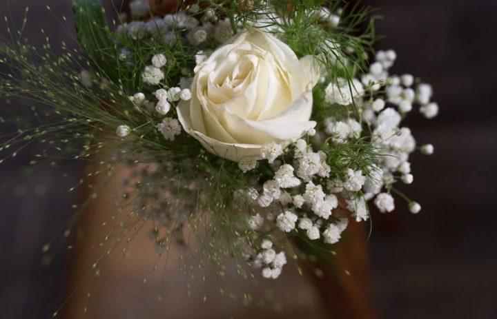decoration-eglise-allee-mariage-correze