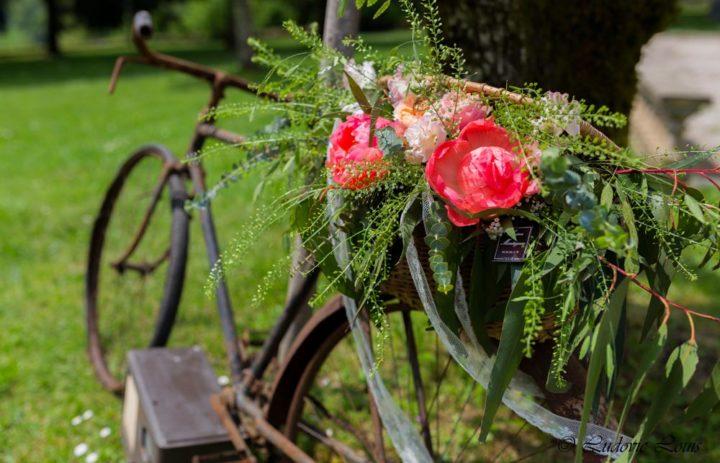 decoration-fleurie-velo-ancien-vintage