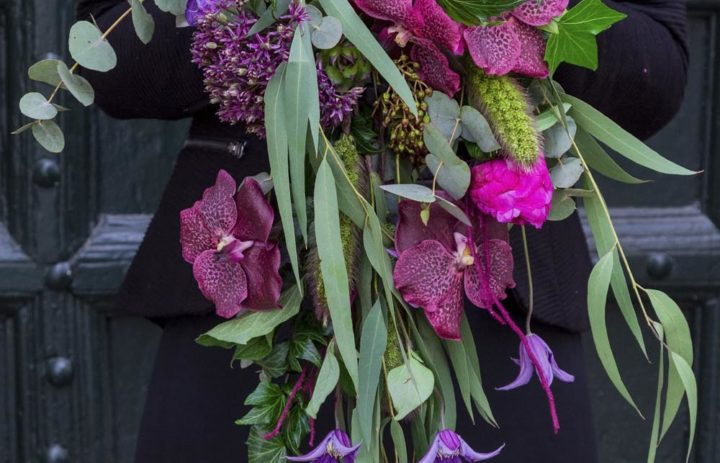grand-bouquet-mariee-cascade-violet