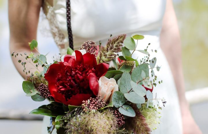 inspiration-mariage-trappeur-bouquet-mariee-fleuriste-tulle