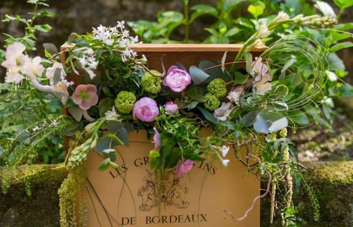 Composition floral verte et rose